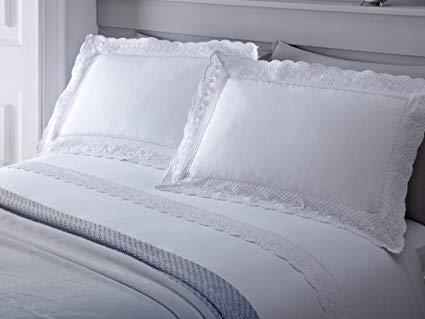 Serene Doppelbett VINTAGE Weiß Spitze